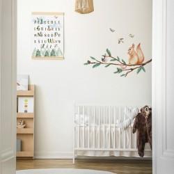 Naklejki na ścianę - Gałąź z Wiewiórką  DK317