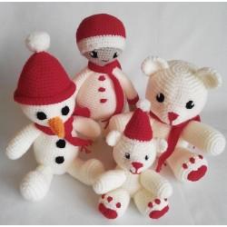 Cztery Misie szydełkowe - zestaw świąteczny