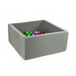 Suchy basen z piłeczkami kwadratowy