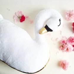 Poduszka przytulanka Łabędź bez skrzydeł